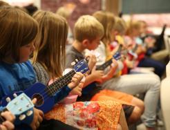 Horizon elementary students in music class