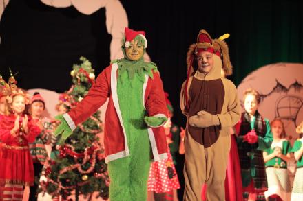 """Students perform in """"Horizon Elementary Stole Christmas"""""""