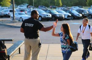 Students get a Heroes Welcome for the 1st Day of School
